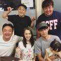 顔が笑ってない? 宇佐美貴史、たむけんと家族の食事写真が話題に W杯後は未定か