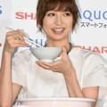"""篠田麻里子の""""交際0日婚""""、こじはるのコメントが「秀逸」と賞賛集まる OG・現役からも祝福続々"""