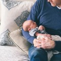 病院でマッサージを受けた赤ちゃんが死亡 医師は咳止めに薬不要と判断、帰宅後ぐったりと