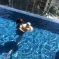 「信じられない…」川崎希、おむつ付けた息子をプールに入れて炎上
